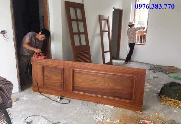 Cách sửa cửa gỗ bị xệ cánh đơn giản