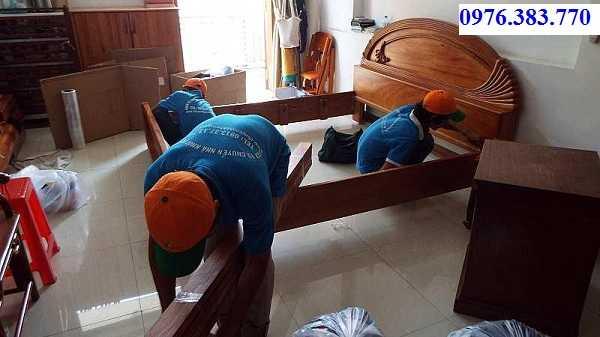 Dịch vụ tháo lắp giường gỗ tại nhà